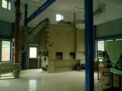 工場改修工事やっと終わりました。